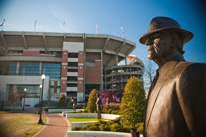 The bronze statue of Paul Bryant on the walk of champions